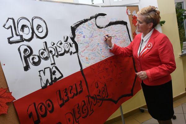 Kornelówka świętuje Niepodległość - Zofia Skuza
