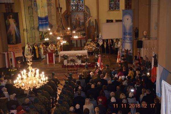 Msza święta za Ojczyznę z okazji Narodowego Święta Niepodległości, Kościół parafialny pw. św. Mikołaj w Wałczu