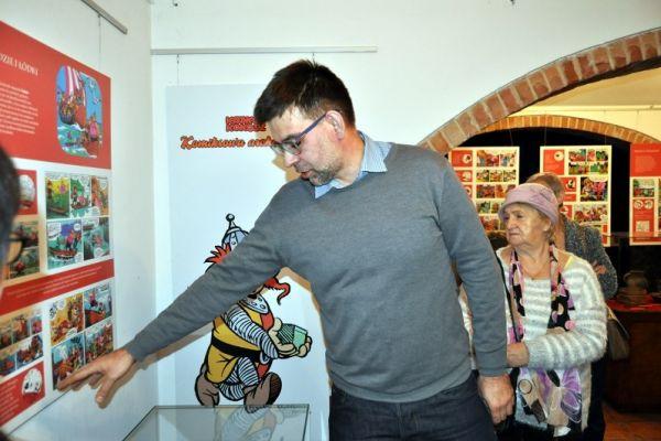 Na zdjęciu gość wałeckiego muzeum Paweł Pogodziński