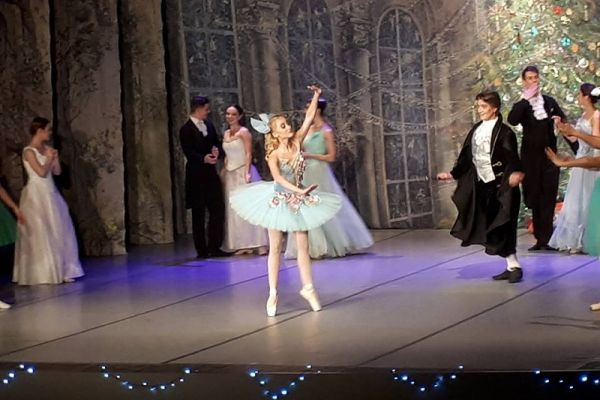 Tancerze baletu Imperial Lviv Ballet z Petersburga - Dziadek do orzechów (2)