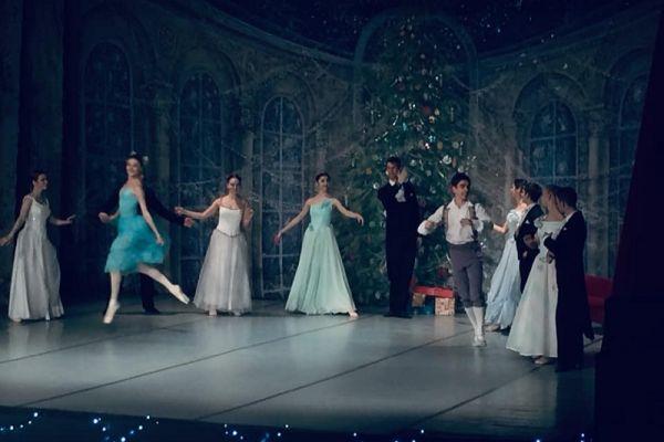 Tancerze baletu Imperial Lviv Ballet z Petersburga - Dziadek do orzechów (3)