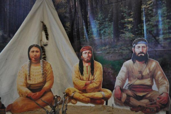 Wystawa pt.  Droga ku nieznanemu sladami wyprawy  Lewisa i Clarka na Zachód Ameryk